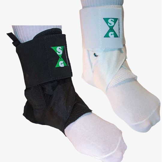 Picture of Ankle Guards  (Pair) with Carry Bag